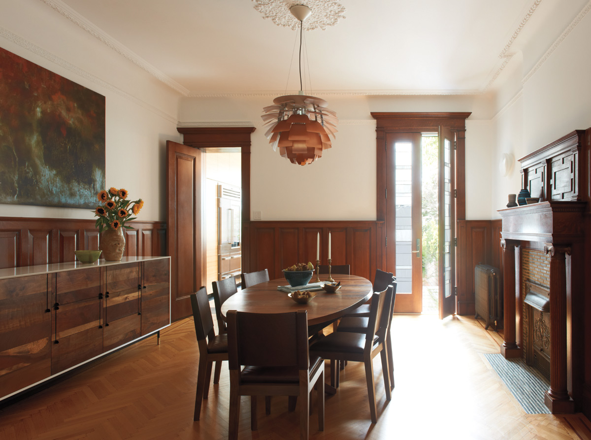 Brooklyn architects carefully restored dining room