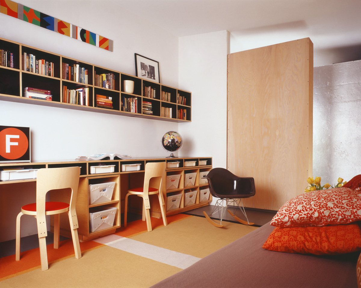 Brooklyn architect converted this landmark built in desks and cubbies