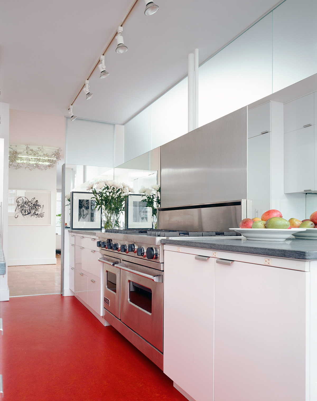 greenwich village apartment kitchen