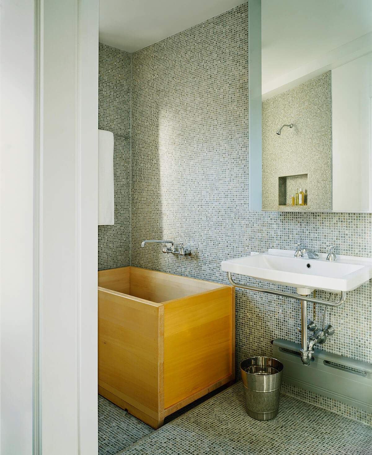 cedar soaking tub in Manhattan Valley apartment