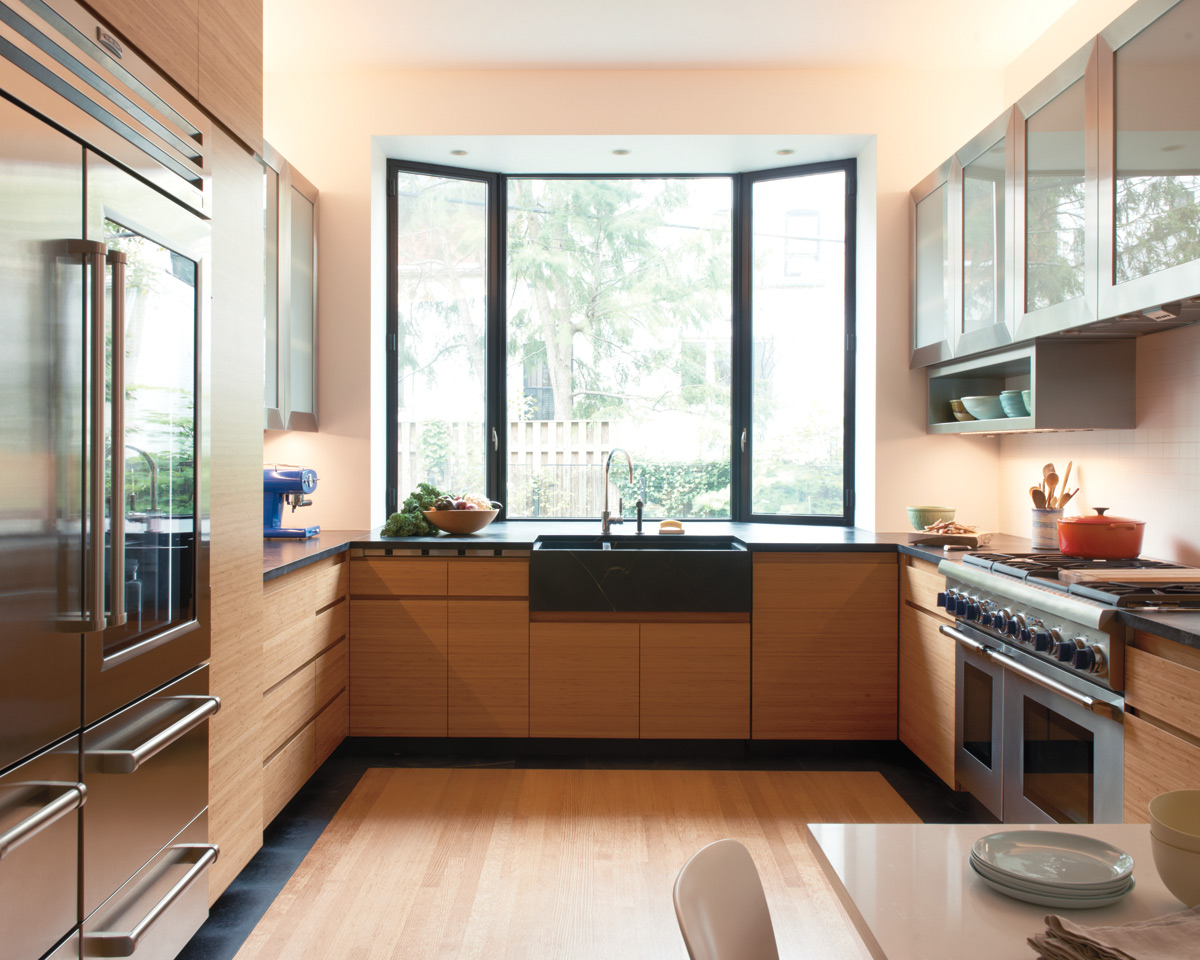 Brooklyn architect carefully restored kitchen
