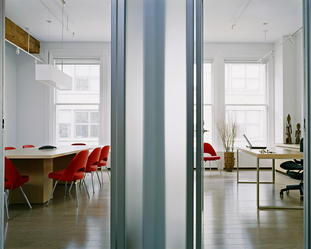 soho offices' translucent partitions